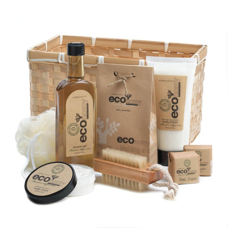 Image 2 of Deluxe Bath Gift Set in Bamboo Basket Lotion, Shower Gel, Fizzers, Puff