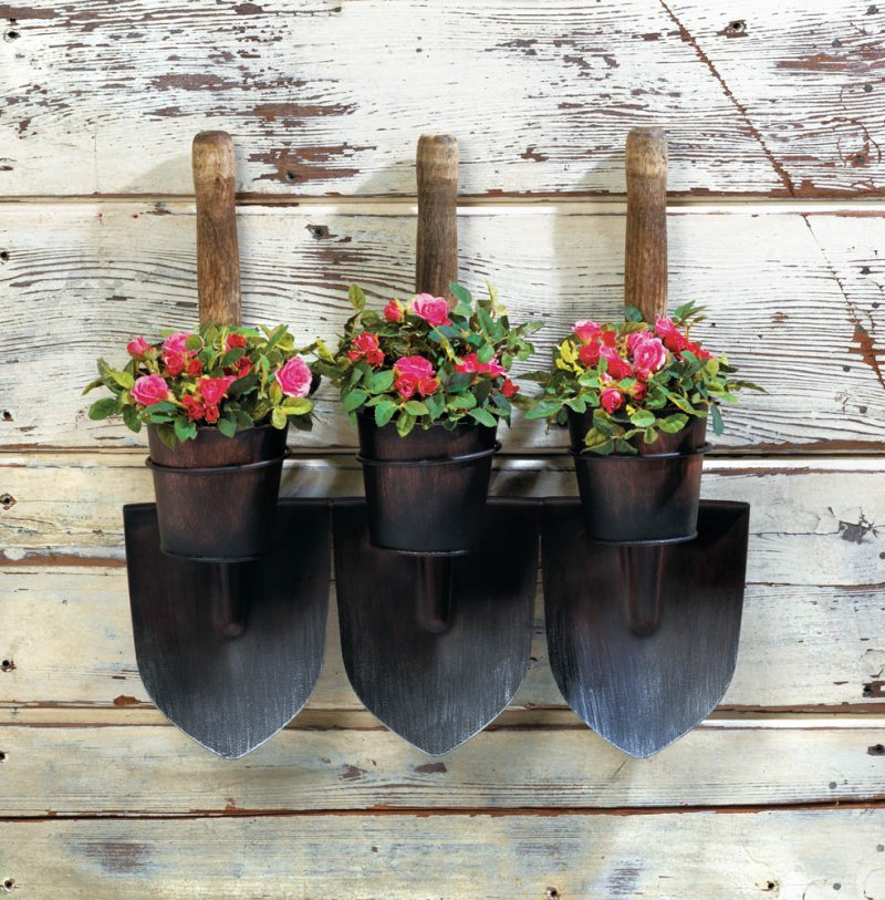Image 0 of Country Farmhouse Style 3 Shovels Wall Mounted Planters