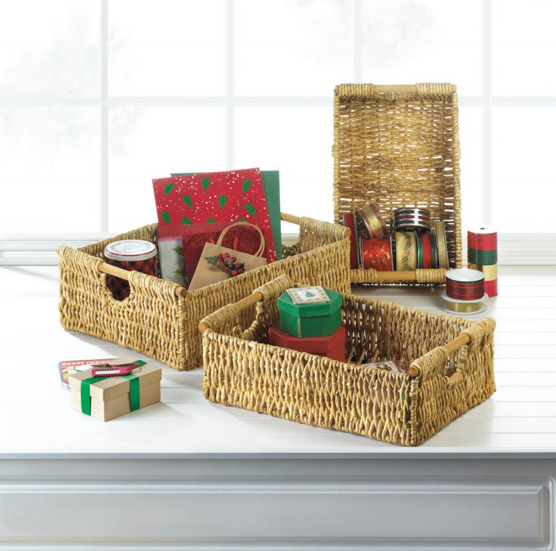 Image 0 of Set of 3 Maize Straw Nesting Storage Baskets with Wooden Dowel Handles