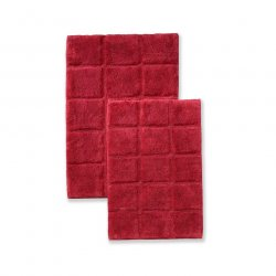 '.Burgundy Checkered Bath Rugs.'