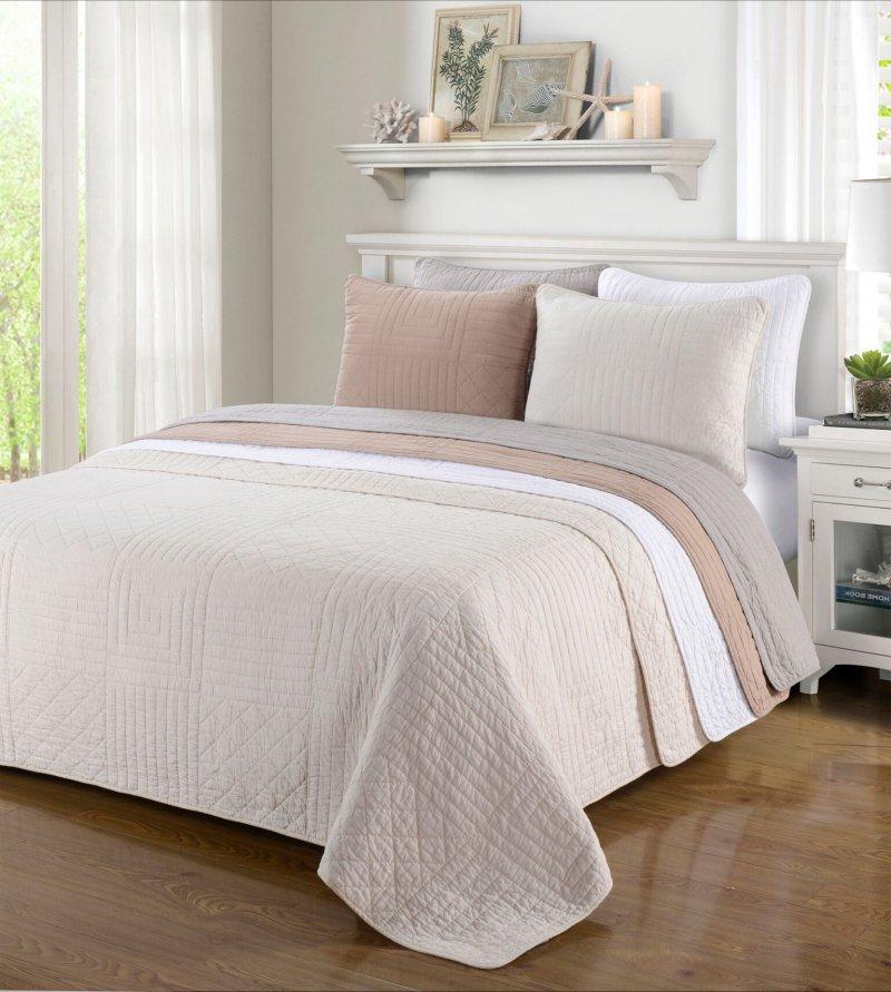 Image 0 of 3-pc Full/Queen Superior Williams Geometric Pattern Quilt & Pillow Sham Set