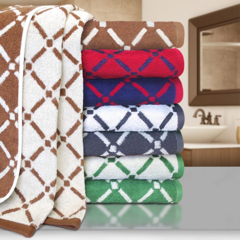 Image 0 of 2 Piece Reversible Diamond Pattern Bath Towels 550 GSM