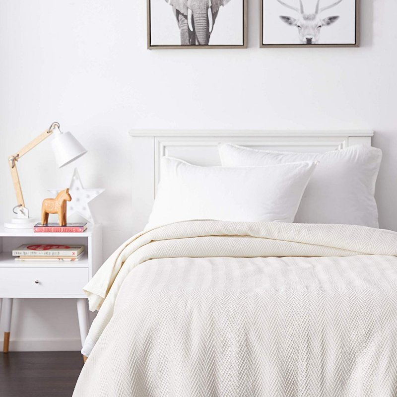 Image 0 of Superior Metro Herringbone Weave Pattern Blanket 100% Cotton Ivory