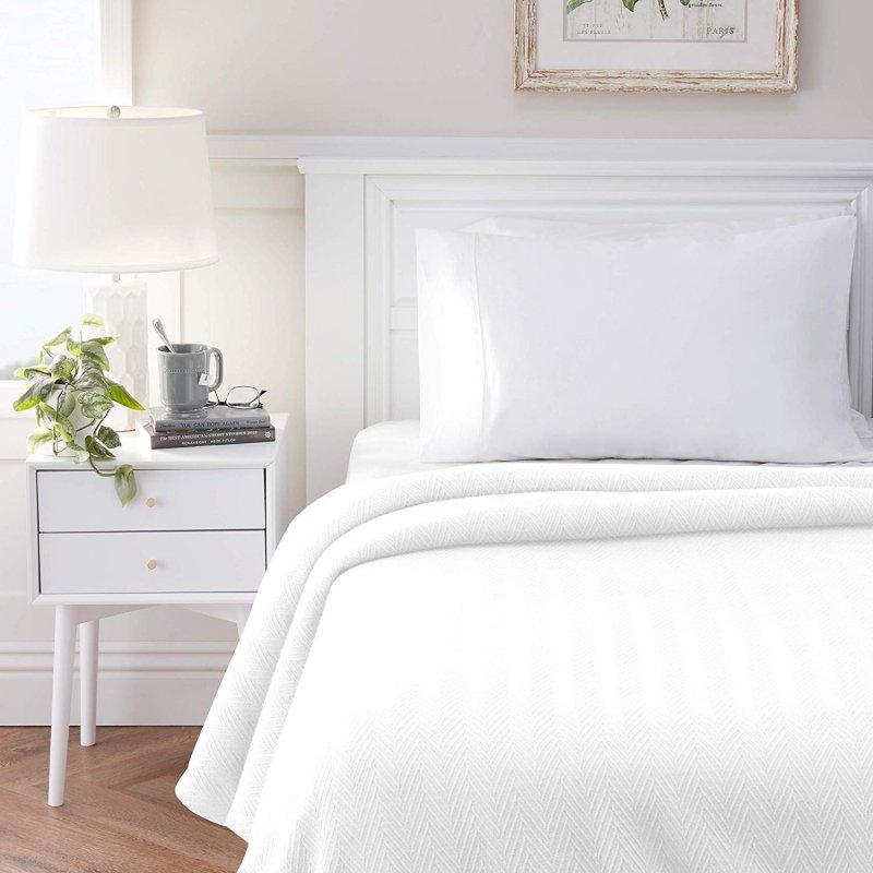 Image 0 of Superior Metro Herringbone Weave Pattern Blanket 100% Cotton White