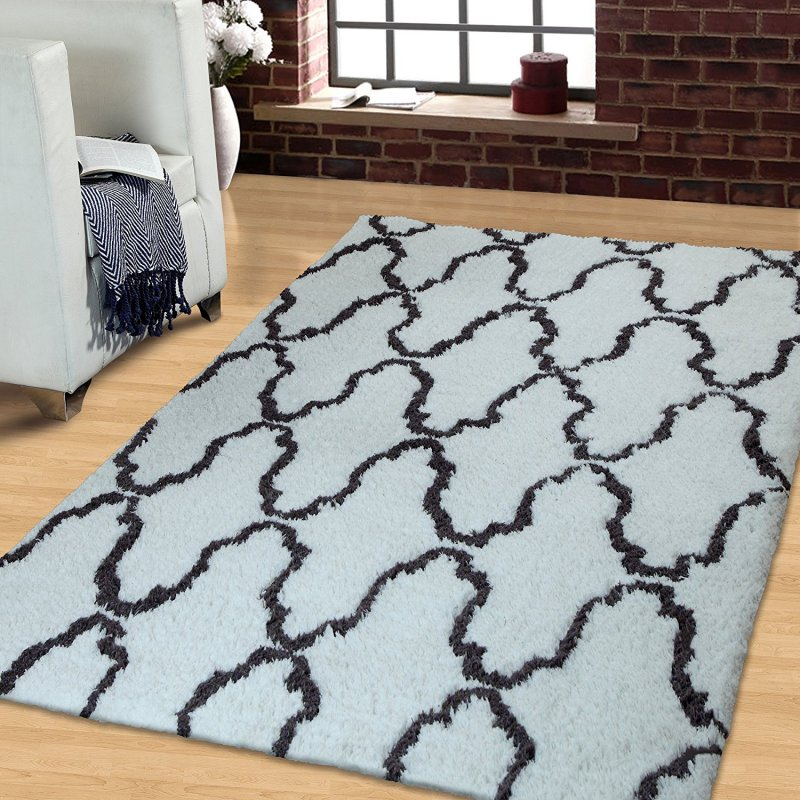 This rug features 1.4