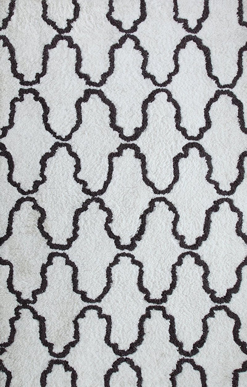 Image 1 of White & Gray Trellis Pattern Hand Woven Soft Shag Area Rug