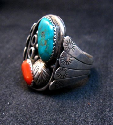 Image 2 of Vintage Southwestern Turquoise Coral Silver Ring Sz11-1/2 - Estate Piece