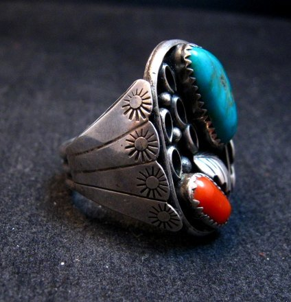 Image 3 of Vintage Southwestern Turquoise Coral Silver Ring Sz11-1/2 - Estate Piece