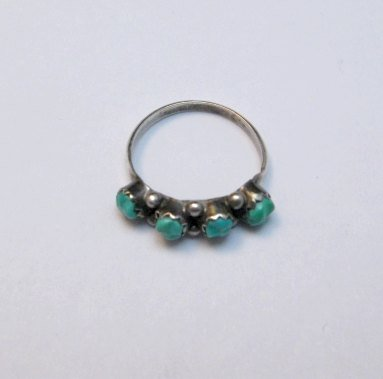 Image 1 of Vintage Native American Turquoise Row Ring sz5-1/2