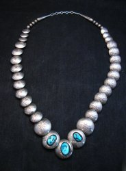 Vintage Navajo Native American Hollow Silver Disk Bead & Turquoise Necklace