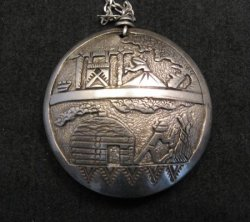 Navajo Native American Storyteller Hollow Silver Pendant w/chain - Dead Pawn