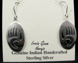Navajo Indian Handcrafted Sterling Silver Bear Paw Earrings, Irvin Gene