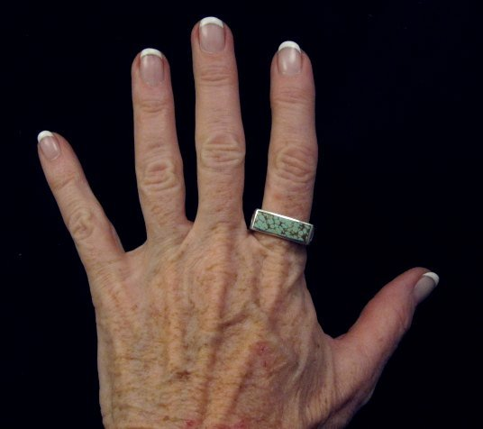 Image 5 of Shane Hendren Navajo #8 Turquoise Engraved Sterling Silver Ring sz10-1/2