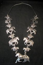 Navajo Lloyd Becenti Native American Horse Story Teller Necklace & Earrings