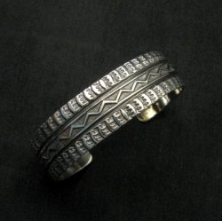 Sunshine Reeves Navajo Native American Stamped Silver 1-inch Cuff Bracelet