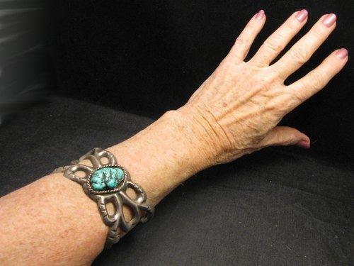Image 3 of Vintage Navajo Native American Sandcast Silver Turquoise Bracelet