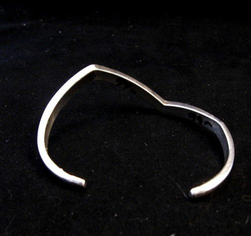 Image 4 of Vintage Zuni Zig Zag Turquoise Chip Inlay Silver Bracelet