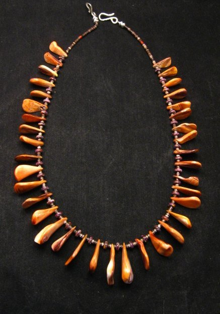 Image 0 of Unique Everett & Mary Teller Navajo Lion Paw Shell Necklace