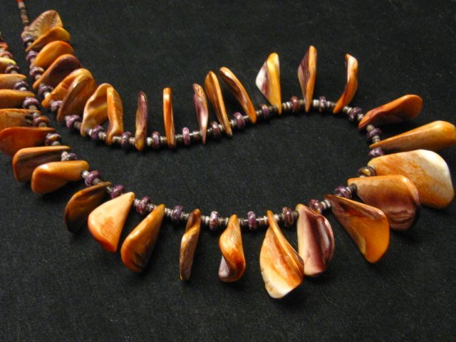 Image 4 of Unique Everett & Mary Teller Navajo Lion Paw Shell Necklace