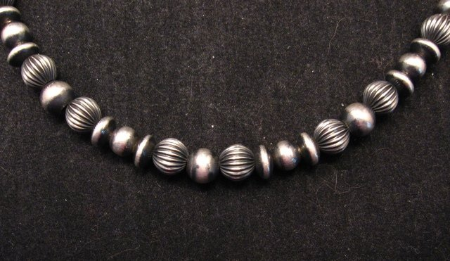 Image 1 of Navajo Hand Finished Mixed Sterling Silver Bead Bracelet 7-8 inch