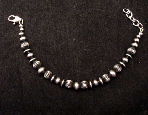Image 2 of Navajo Hand Finished Mixed Sterling Silver Bead Bracelet 7-8 inch