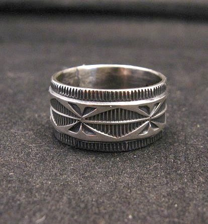 Image 0 of Navajo Sash Belt Design Silver Band Ring, Travis EMT Teller sz10-1/2