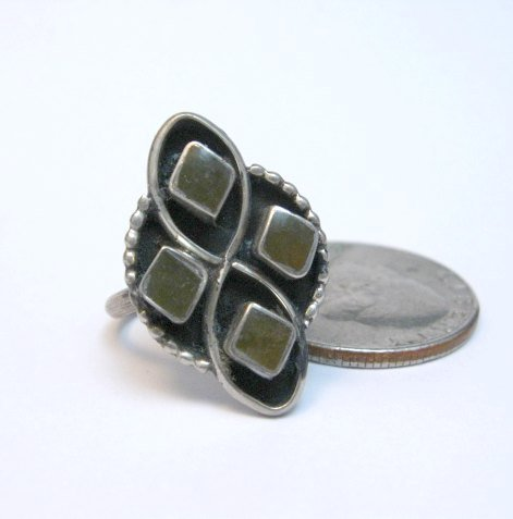 Image 0 of Vintage Native American Green Snail Shell Silver Ring sz6