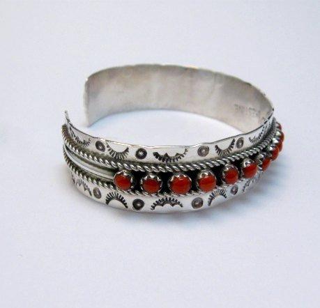 Image 2 of Zuni Native American Coral Snake Eye Cuff Bracelet, Pearl Ukestine