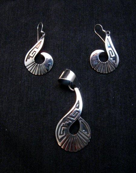 Image 3 of Everett & Mary Teller Navajo Sterling Silver Swirl Pendant