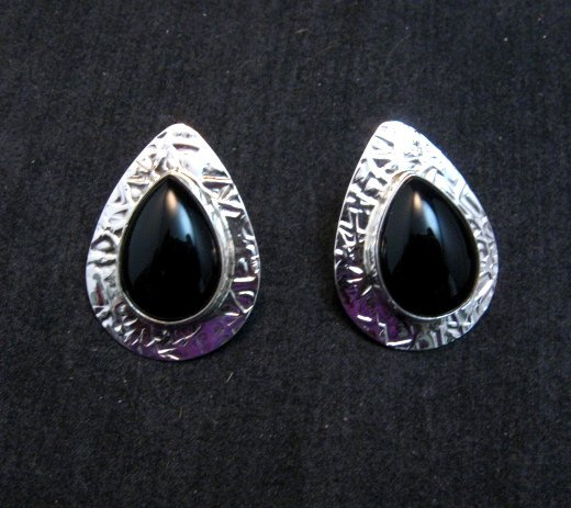 Image 1 of Navajo Everett Mary Teller Black Onyx Hammered Silver Earrings
