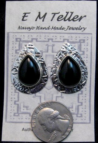 Image 3 of Navajo Everett Mary Teller Black Onyx Hammered Silver Earrings