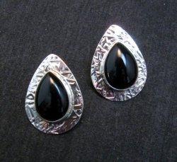 Navajo Everett Mary Teller Black Onyx Hammered Silver Earrings
