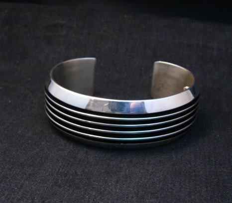 Image 1 of Native American Navajo Sterling Silver Unisex Cuff Bracelet Tom Hawk