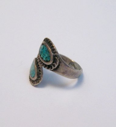 Image 1 of Vintage Native American Wrap-around Turquoise Chip Inlay ring sz3 to sz5