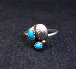 Tiny Vintage Native American Turquoise Silver Ring sz5-1/2