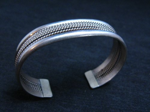 Image 2 of Vintage Native American Navajo Sterling Silver Cuff Bracelet