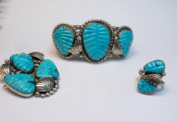 Image 4 of Native American Zuni Carved Turquoise Leaf Bracelet, Loyolita Othole