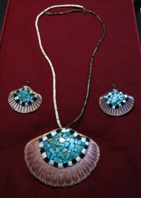Image 0 of Vintage Santo Domingo Pueblo Turquoise Inlaid Shell Necklace and Earrings