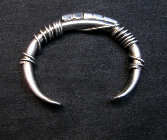Image 4 of Vintage Navajo Orville Tsinnie Silver Triangle Wire Wrap Bracelet Large