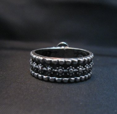 Image 2 of Navajo Coral Sterling Silver Band Ring Everett and Mary Teller sz8