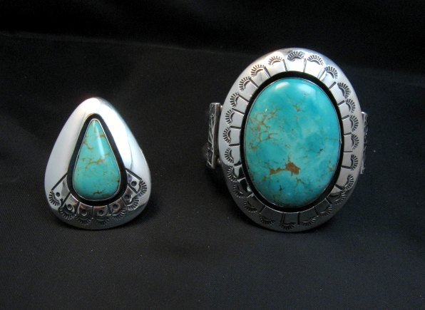 Image 6 of Navajo ~ Everett & Mary Teller ~ Shadowbox Turquoise Ring sz6 to sz8 adjustable