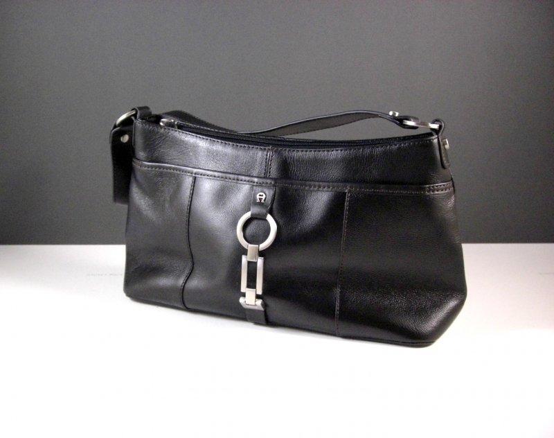 Image 0 of Etienne Aigner Black Leather Handbag Purse