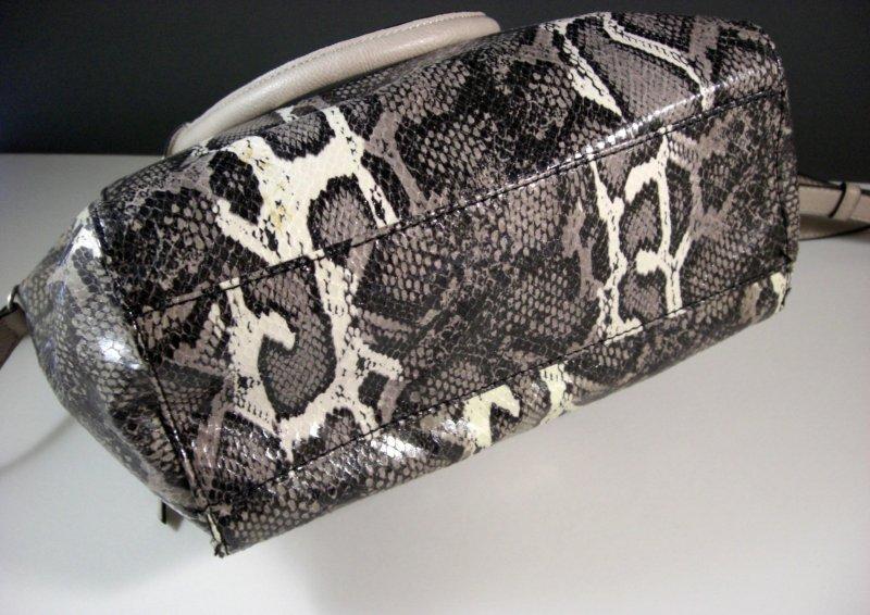 Image 2 of Simply Vera Wang Satchel Purse Shoulder Bag Handbag Faux Snakeskin