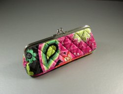 Vera Bradley Ziggy Zinnia Kiss Lock Coin Eyeglass Case / Makeup Bag