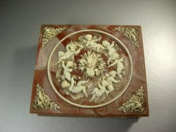 Incolay Stone Caramel and White Marbled Jewelry Box / Cherubs Putti