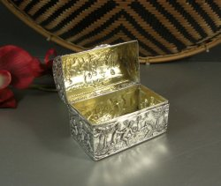 Domed Sterling Silver Ring Box / Cherubs Putti / Wedding Bridal / English Dutch