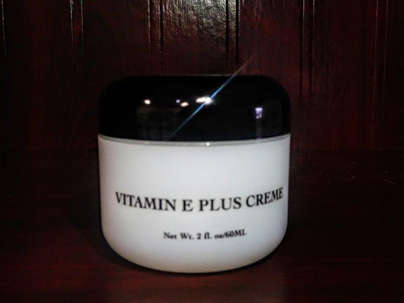 Image 0 of Anita of Denmark Vitamin E Plus Creme 2oz
