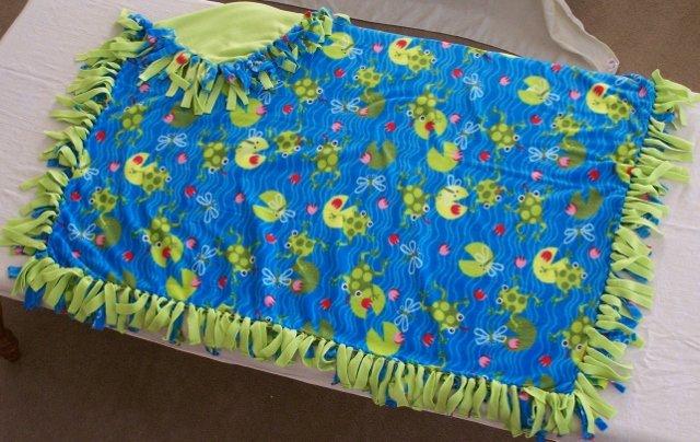 Image 0 of Frog Print Double Fleese Tie Blanket (Handmade in USA)  F1