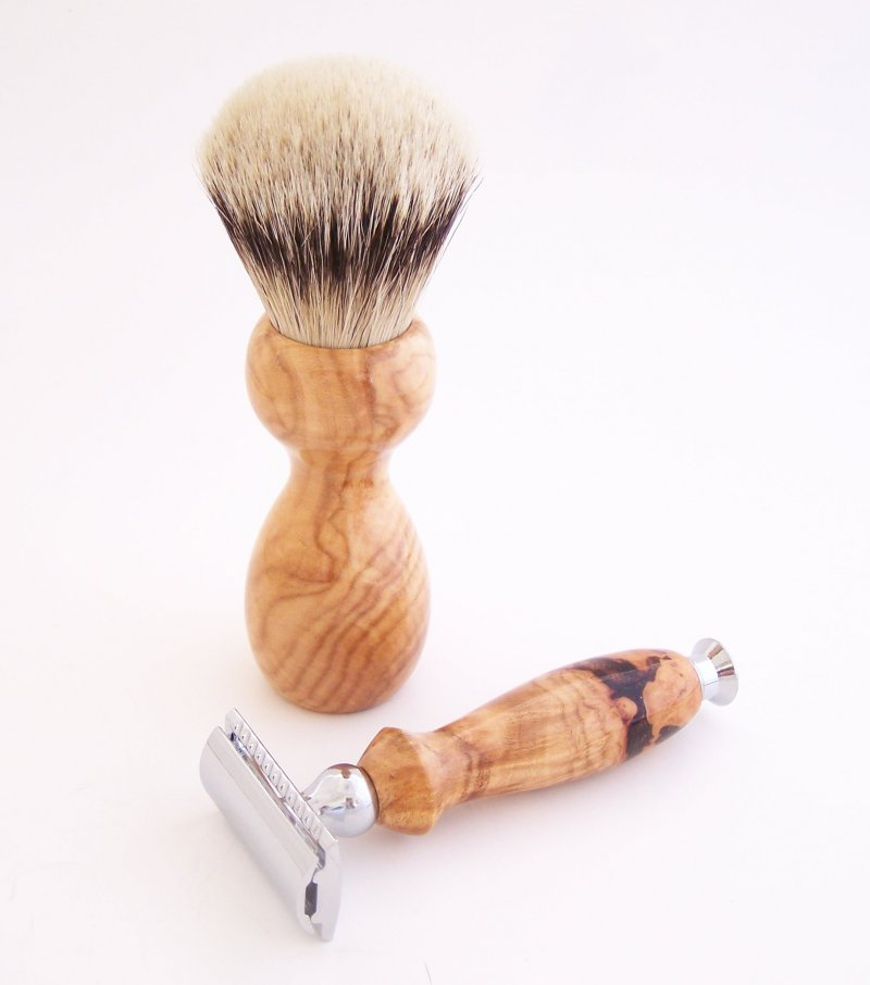 Image 1 of Shaving Set:  Cherry Burl 22mm Silvertip Badger Brush, DE Safety Razor and Stand