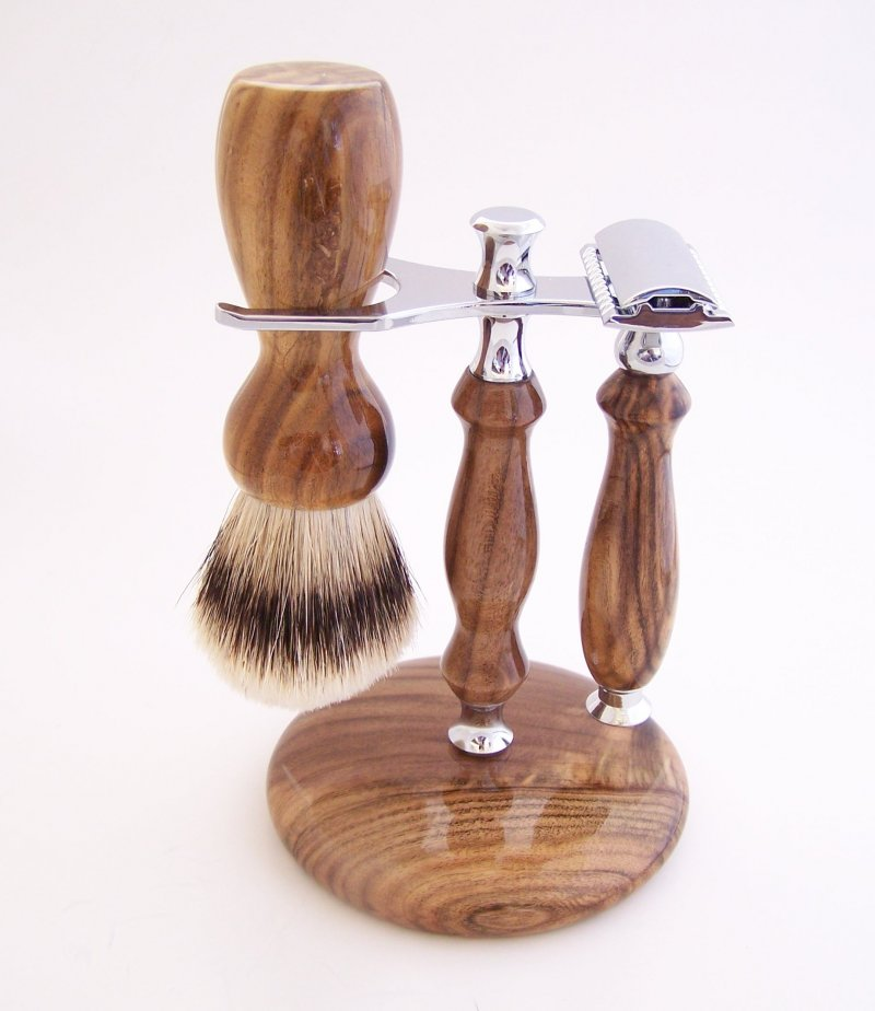 Image 0 of Shaving Set: Pistachio Wood 22mm Silvertip Brush, DE Safety Razor & Stand (P21)